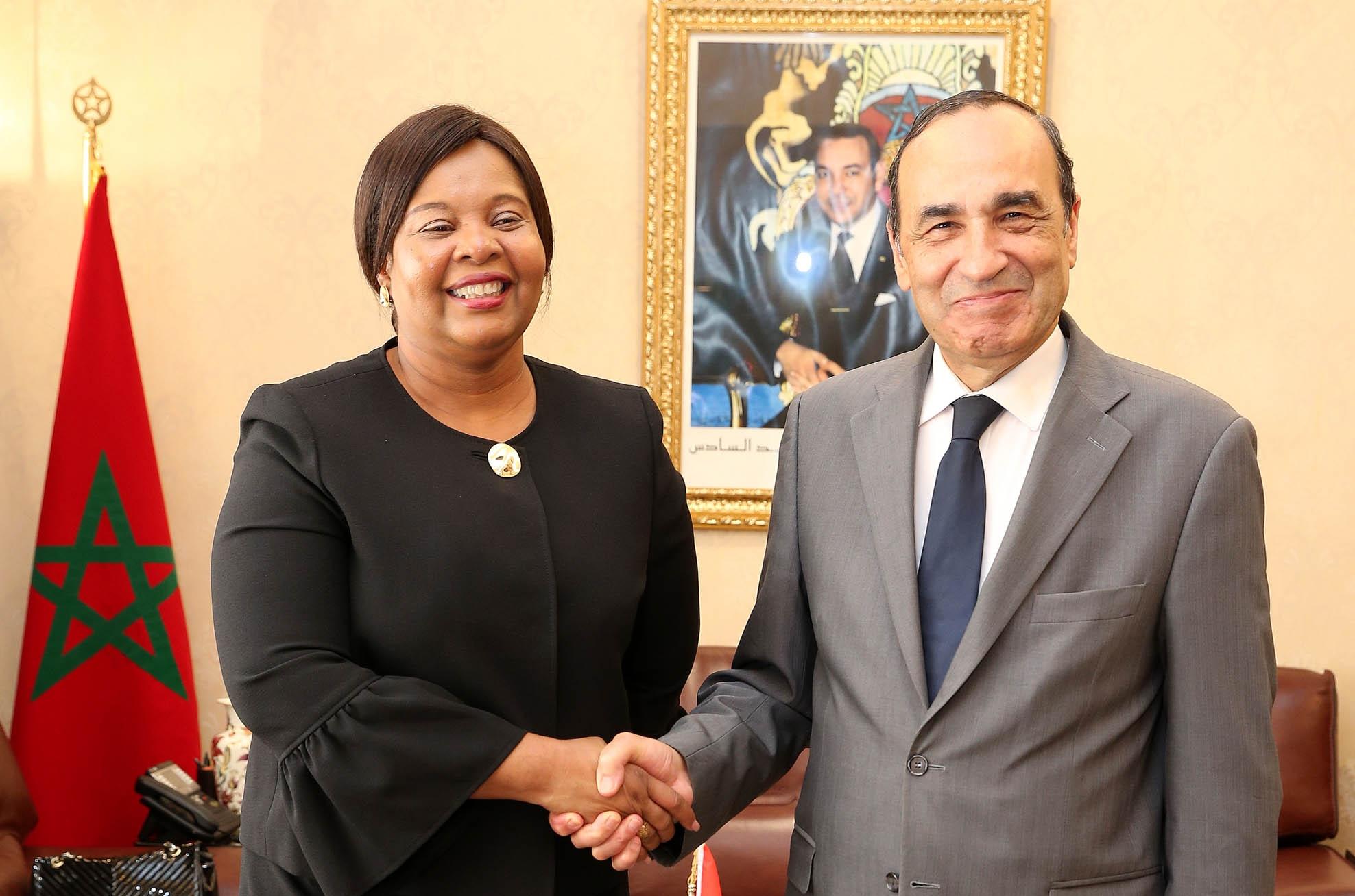 المالكي يتباحث مع زيرة الشؤون الخارجية لجمهورية ساوتومي وبرينسيب