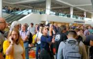 عطل في حواسيب المطارات الأمريكية يشل حركة المسافرين ويحشرهم في طوابير انتظار طويلة