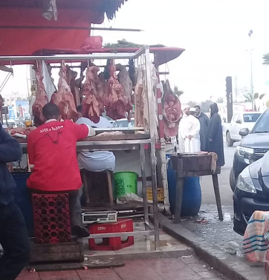 حجز كمية من اللحوم الفاسدة في طريقها إلى تاونات