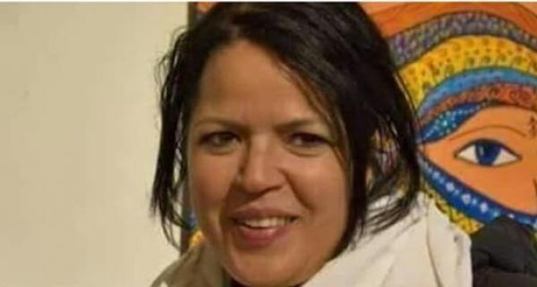 نشطاء يطالبون السلطات باعتقال أستاذة الفلسفة التي أساءت للرسول صلى الله عليه وسلم