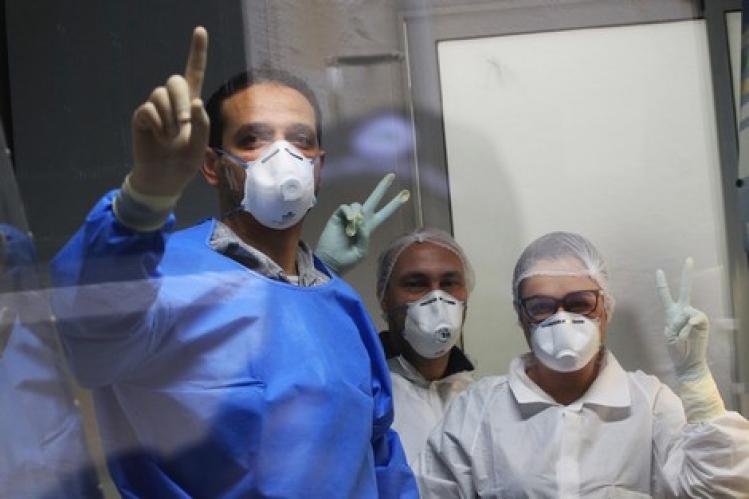 هل يلجأ المغرب إلى بلازما المتعافين من كورونا لعلاج آلاف المغاربة المصابين؟