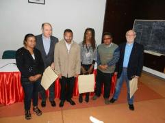 Les trois formateurs et les dirigeants de l'Association Malgache.