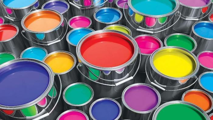 latas de pinturas