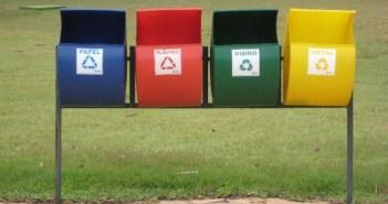4 recipientes de lixo para reciclar