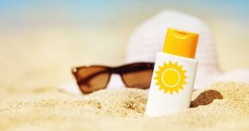 protetor solar óculos areia de praia
