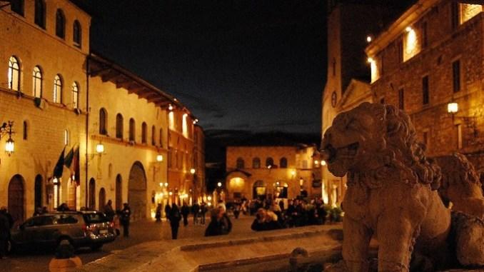 Antonio Falcinelli, la sera ad Assisi sembra ci sia il coprifuoco