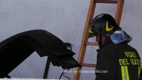 Incendiio-officinaRenaultDIcostano (18)