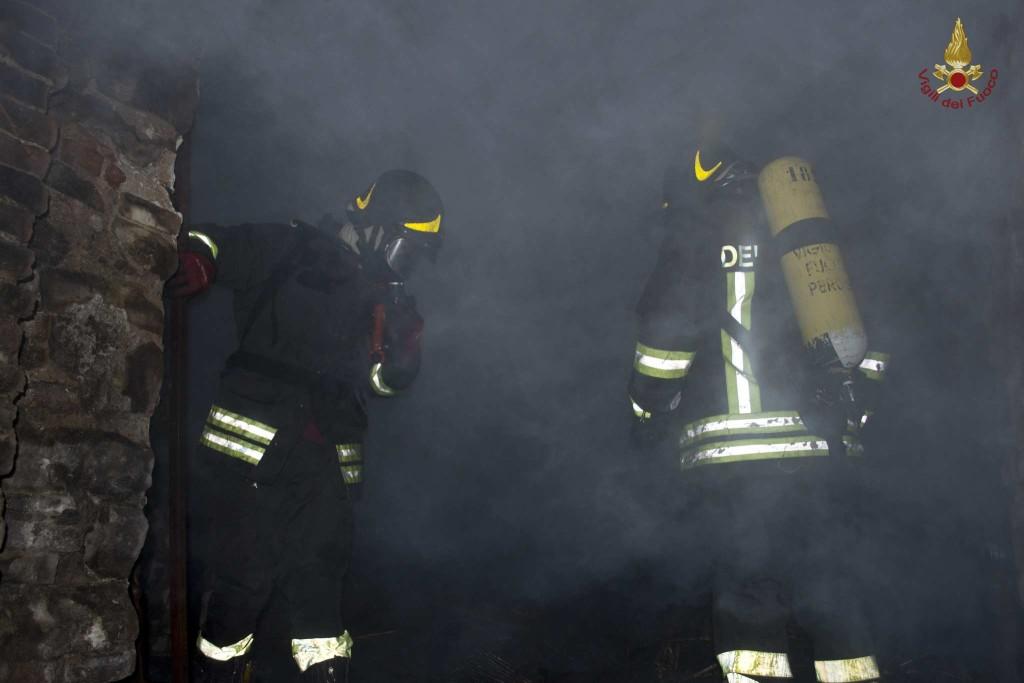 incendio-petrignano (5)