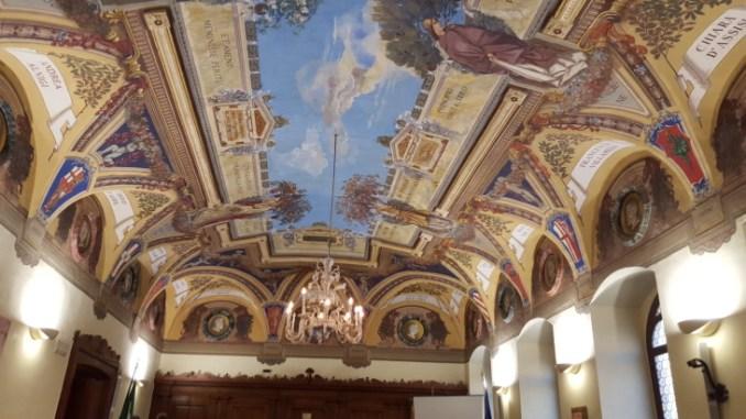 Consiglio deserto ad Assisi, Travicelli io ci sono perché amo la città
