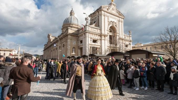 Piatto di Sant'Antonio, il freddo non ferma la tradizione