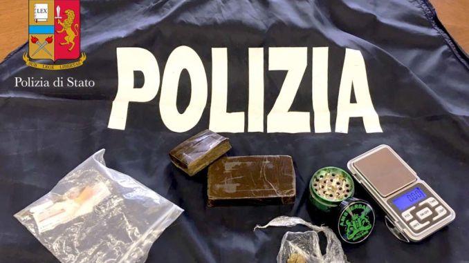Assisi, 19enne incensurato arrestato per spaccio di hashish