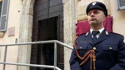 Intitolato a Emanuele Petri il commissariato Assisi