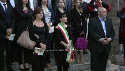 Stefania Proietti con fascia da sindaco (4)