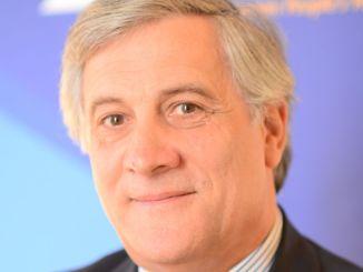Spogliazione, Tajani e Baldisseri ad Assisi incontrano i giovani