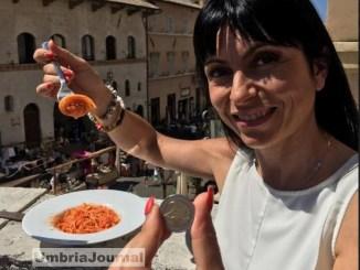 AMAtriciana ad Assisi. Arrivano in tanti per un piatto di solidarietà