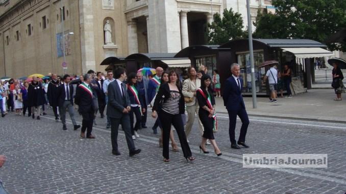 Perdono Assisi, pellegrinaggio verso Porziuncola di Santa Maria degli Angeli