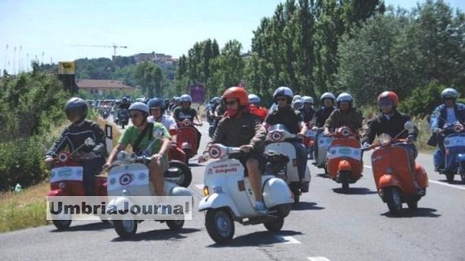 Motoraduno della Vespa a Rivotorto di Assisi per Antichi sapori
