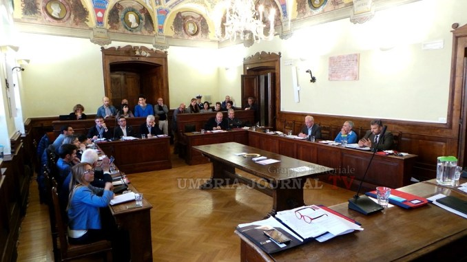 Centrodestra, tassa di soggiorno Assisi solo se calano tasse cittadini
