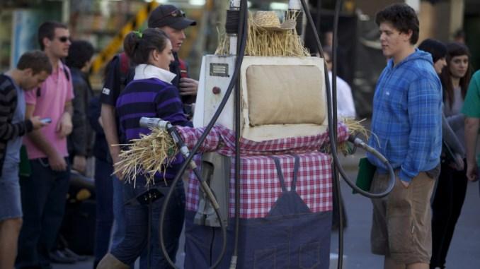 Onirica Assisi 2054, viaggio immaginario, quarta puntata: I Distributori
