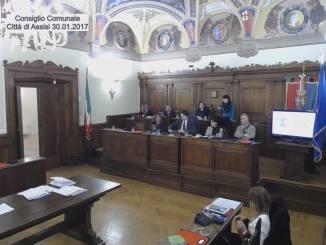 Universo Assisi, la polemica politica di questi giorni è surreale