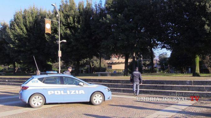 Faceva accattonaggio davanti la basilica di Santa Maria, espulso straniero