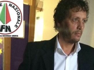 Giuseppe Castelli, segretario per l'Umbria del Fronte Nazionale, fa visita alla sezione Assisi