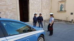 polizia-santuario-spogliazione (10)