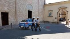 polizia-santuario-spogliazione (2)