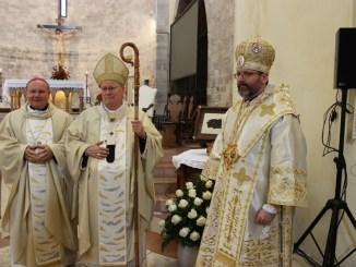 Assisi, Don Fabio Rosini incanta i fedeli al Santuario della Spogliazione