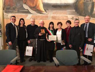 Conferimento alla città di Assisi del premio Chiara Lubich città per la Fraternità