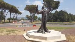 Il gran giorno è arrivato, si inaugura la statua di San Francesco all'aeroporto