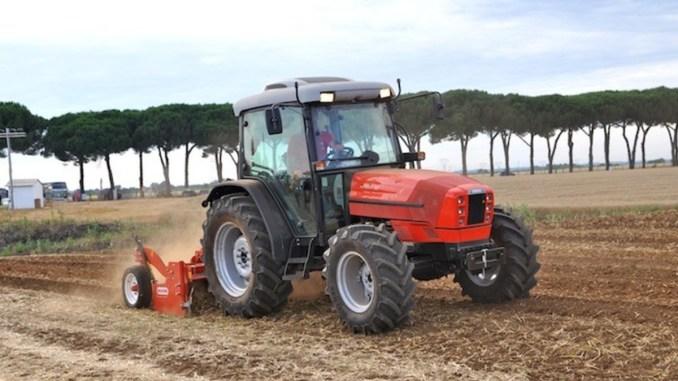 Trattori in Festa, il 22 e il 23 luglio il 12esimo raduno amatori trattori d'epoca