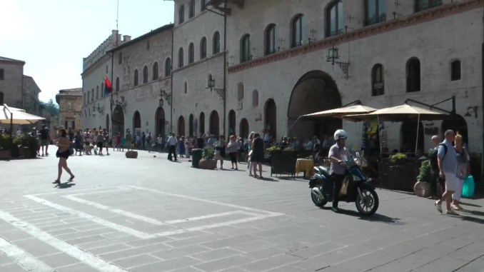 Confcommercio Assisi, tassa soggiorno, contro buon senso