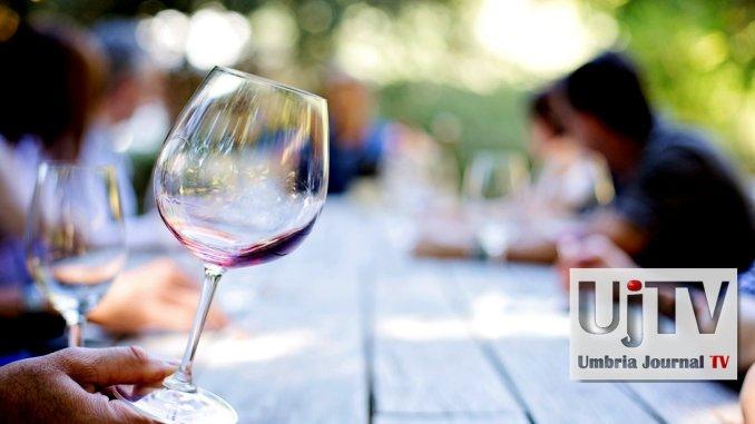 Degustazioni di vino e formaggi in giardino al Bosco di San Francesco