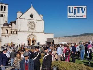 Gentiloni a frati Assisi, impegno per pace e solidarietà