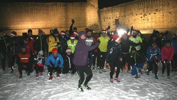 Brindisi alla Rocca antica tra le tradizioni dell'Assisi Runners