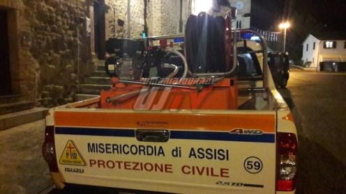 I Priori Serventi 2018 donano modulo antincendio a Misericordia Assisi
