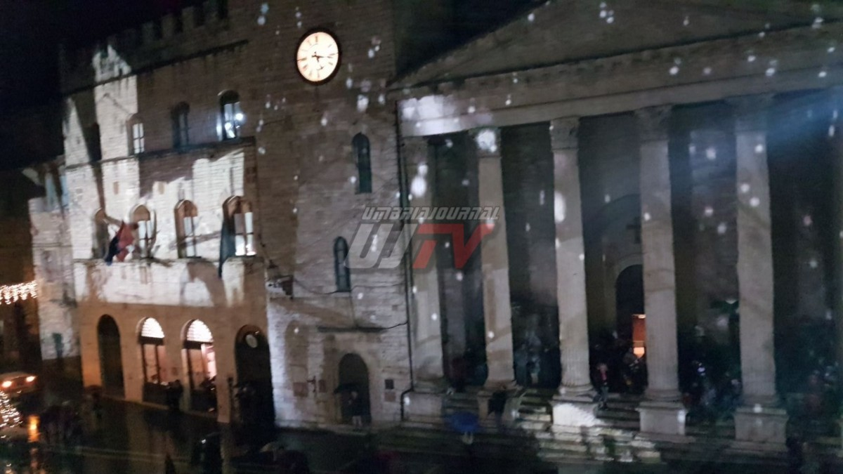 natale-ad-assisi-video-mapping (16)