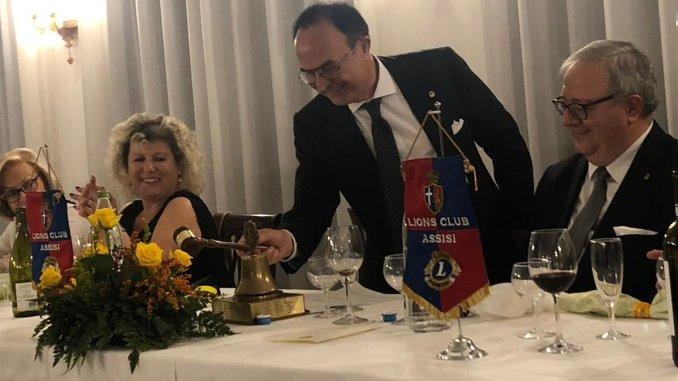 ions Club di Assisi, Passaggio della Campana al neo Presidente Maurizio Ercolanetti