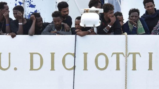 Ad Assisi un migrante della Diciotti, arriverà domani in città