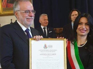 Andrea Riccardi ha ricevuto la cittadinanza onoraria per la pace ad Assisi