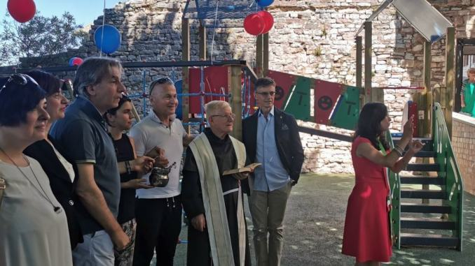 Inaugurate nuove giostrine di Largo Properzio e Piazzale Trieste