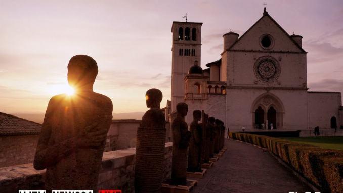 """Assisi, al via la sesta edizione del Cortile di Francesco """"Oltre i confini"""""""