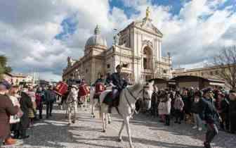 Fanfara a cavallo della Polizia di Stato protagonista del Piatto di Sant'Antonio