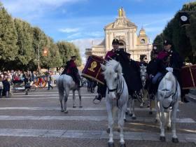 📰 Rassegna stampa 📰 – Sant'Antonio, grandi feste, Assisi abbraccia la polizia