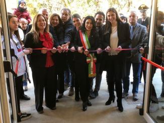 """Inaugurata palestra scuola """"Frate Francesco"""" c'era Anna Ascani"""