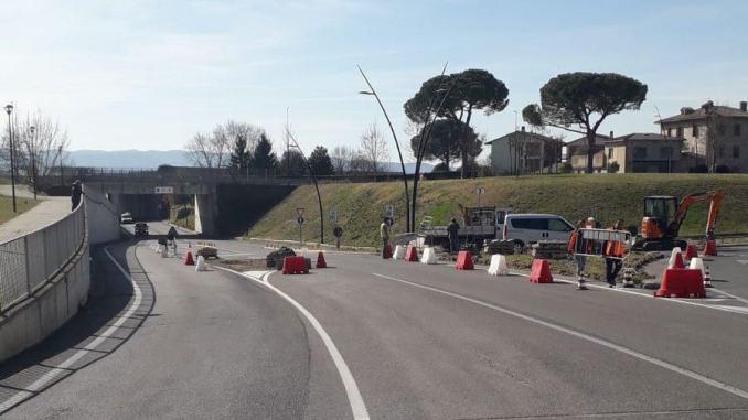 Rotatoria di via Fratelli Matteucci (Area Puc), iniziati i lavori, come cambia la viabilità