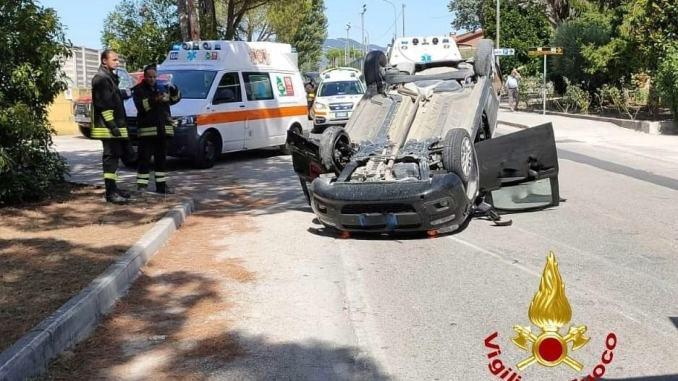 Su quella strada si rischia la vita, allarme-sicurezza dopo l'ultimo incidente