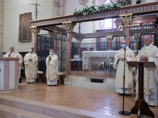 Solennità di Santa Chiara, presidente della Ceu ha presieduto la santa messa