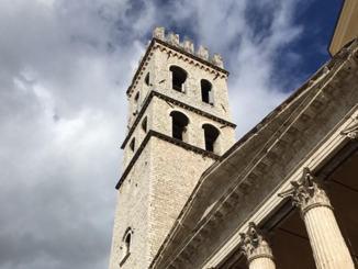 Tumore al seno, la Torre Civica di Assisi si colora di rosa